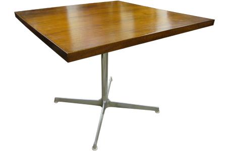 アカシアウッドトップメタルレッグカフェテーブル