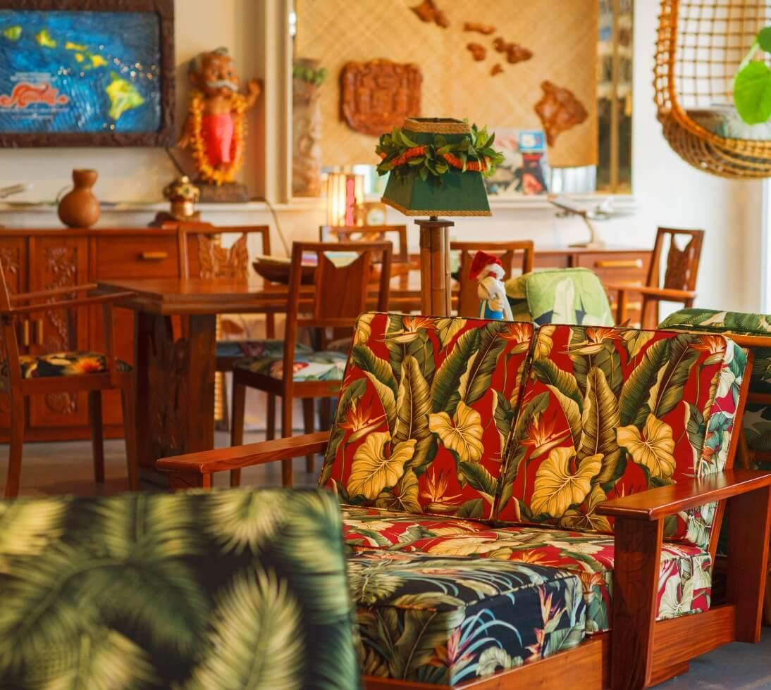 ハワイアン家具専門店 マータクの店内画像